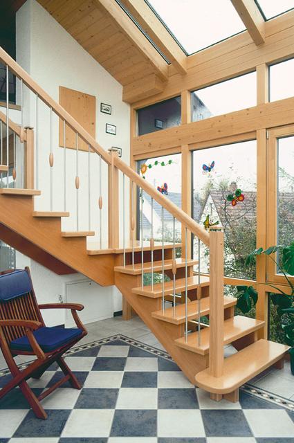 treppen b den landesfachverband schreinerhandwerk bw. Black Bedroom Furniture Sets. Home Design Ideas